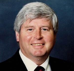 W&H公司第一任总裁詹姆斯·菲尼去世