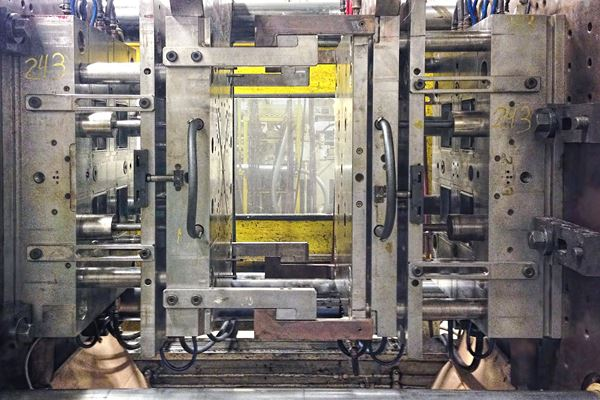 Get Better at Quoting Injection Molded Parts: Part 3 image