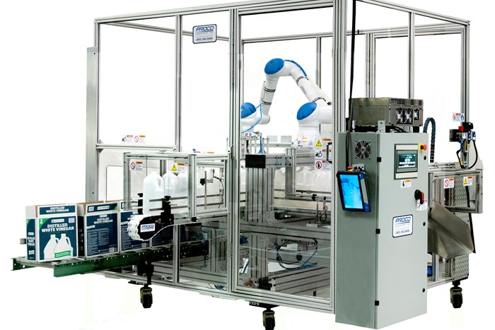 Flexible Case Packer with Collaborative Automation
