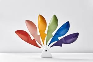 用于消费电子产品的工程树脂,更具有独特的颜色和特殊效果