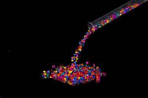 Lanxess指定Palmer Holland经销着色剂添加剂产品