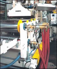 Corotating twin-screw extruder