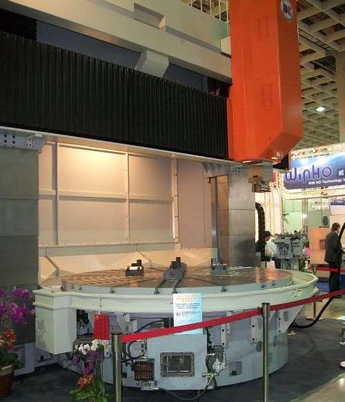 Ding-Koan DV 3000 MT vertical turning center