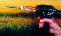 Cordless electric dispensing gun for epoxy adhesives