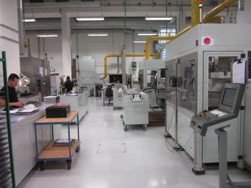 holder manufacturing