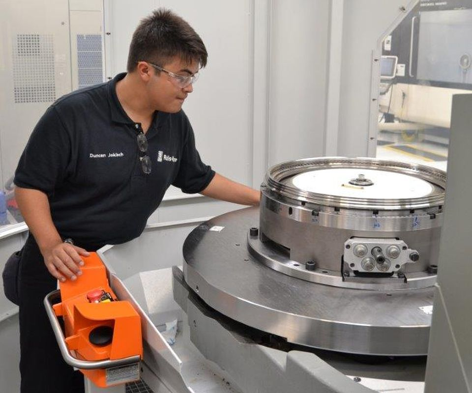 Duncan Jokisch, Rolls Royce apprentice
