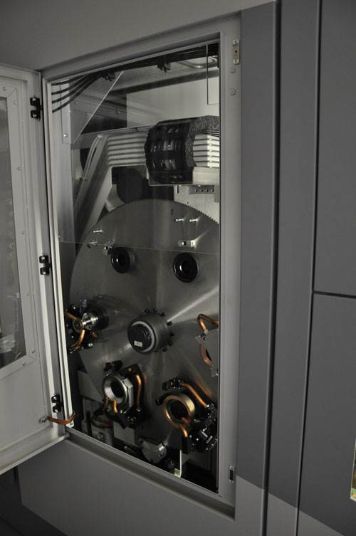 Tool changer for Vollmer disc erosion machine