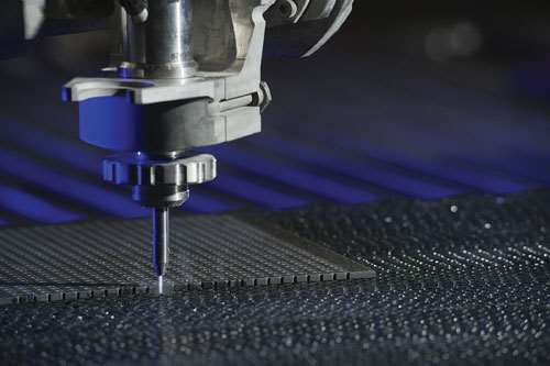 Waterjet machining of composites
