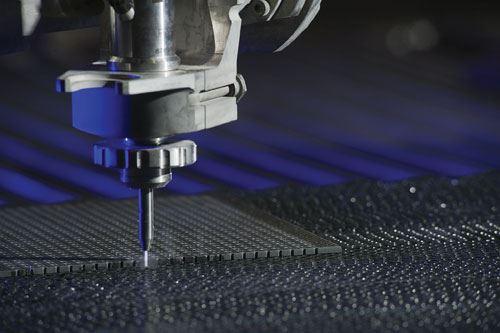 Waterjet machining of composites