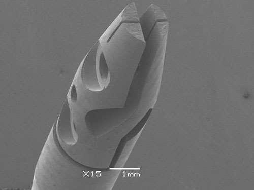 titanium gripper