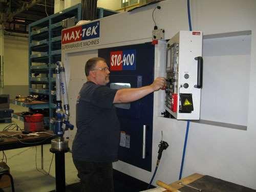 Grinding machine from Max-Tek