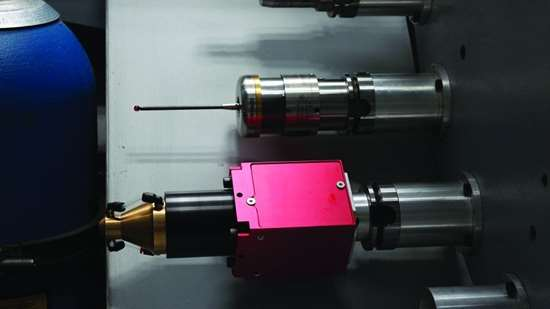 Laser cladding head