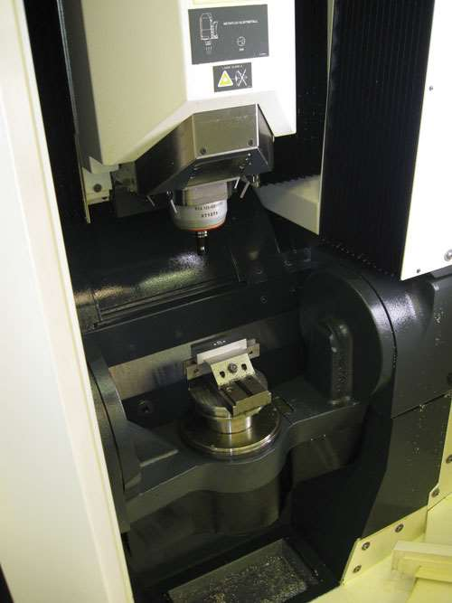 ultrasonic machine five-axis machining center
