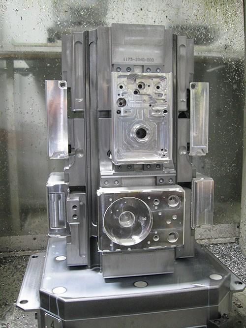 aluminum manifold