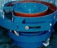 Round-Bowl vibratory finishing machine