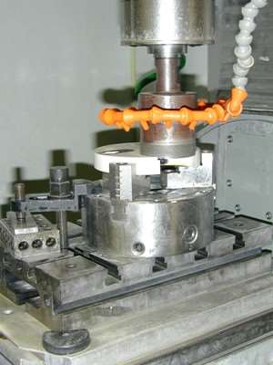 large ultrasonic cutting tool
