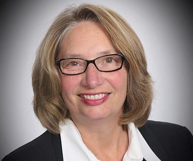 Dr Maureen Steinwall