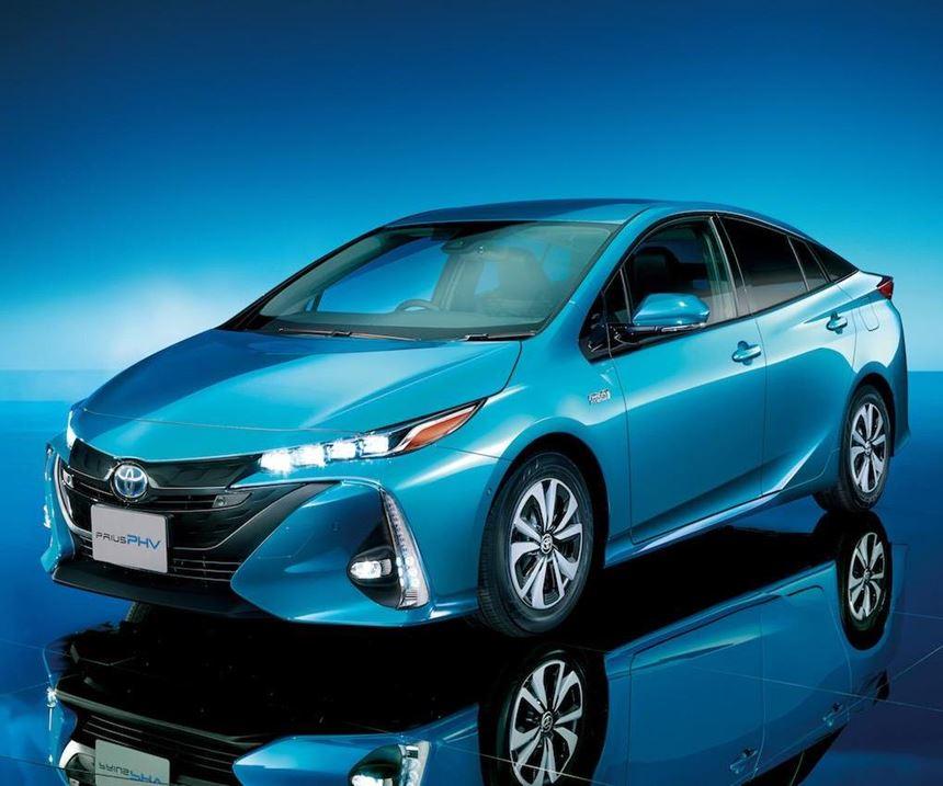 Toyota's New Prius PHV